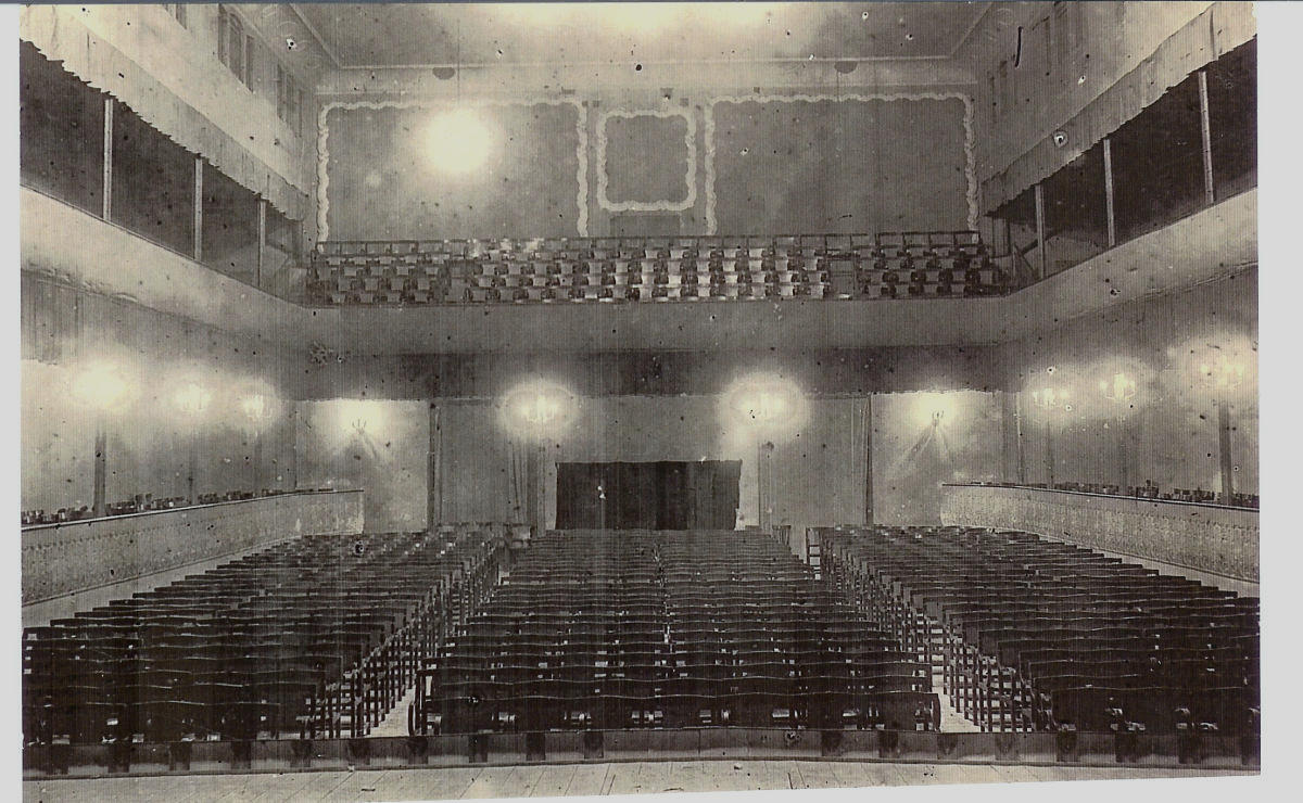 1945 - Teatre Ateneu